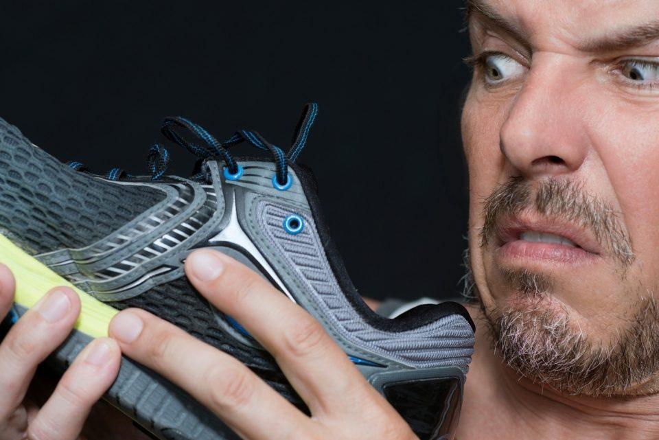 Запах в кроссовках как избавиться в домашних условиях 776