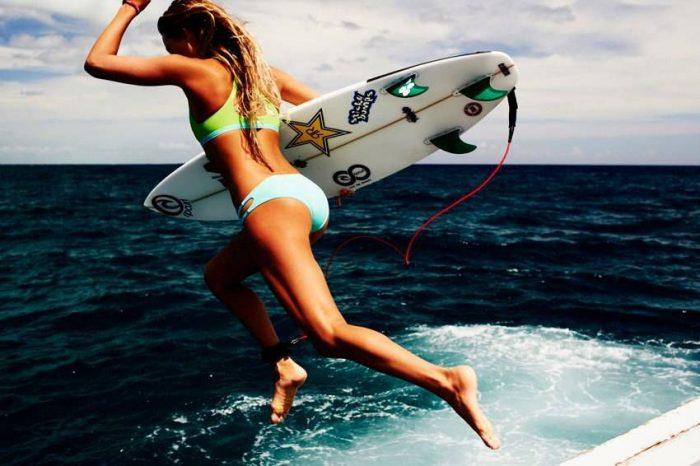 Девушки, океан, серфинг…