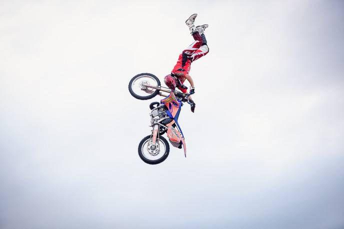 прыжок Иванкова в финале Adrenaline FMX Riders