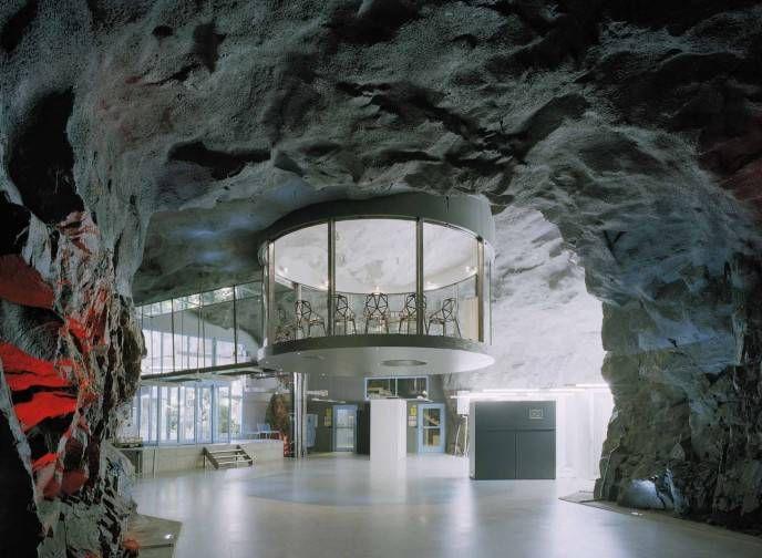 3. White Mountain Office
