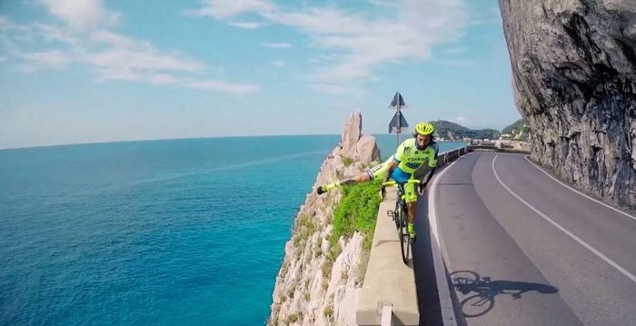 Дорожный фристайл на велосипеде. Невозможное возможно!