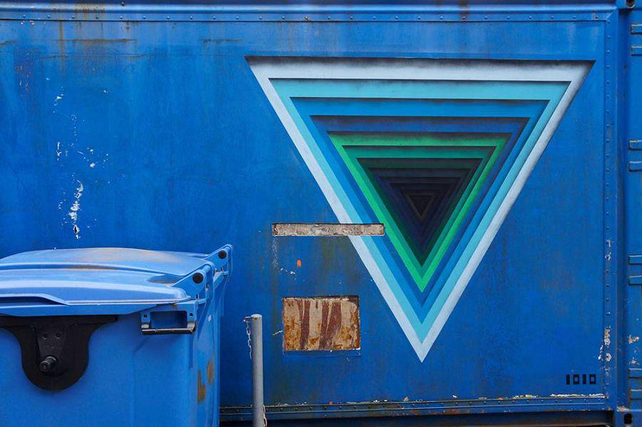 Street-art-by-1010