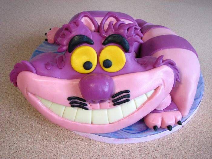У вас была бы точно такая же улыбка, как у Чеширского кота , если бы вы получили такой торт на день рождение.