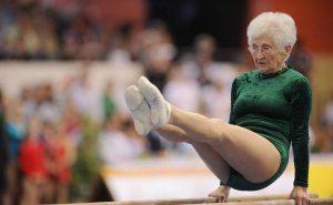 86 летняя гимнастка
