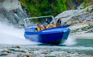 Невероятное катание на лодке в Новой Зеландии