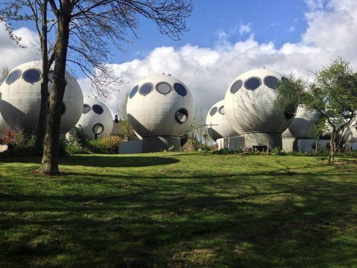 Bolwoningen: сомнительный архитектурный эксперимент