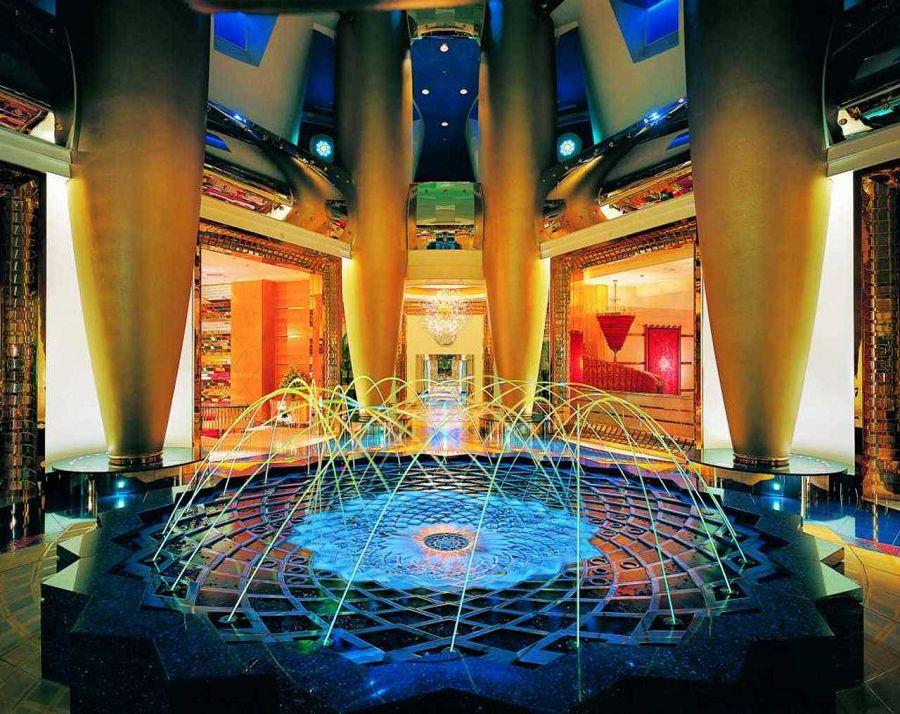 отель дорогой