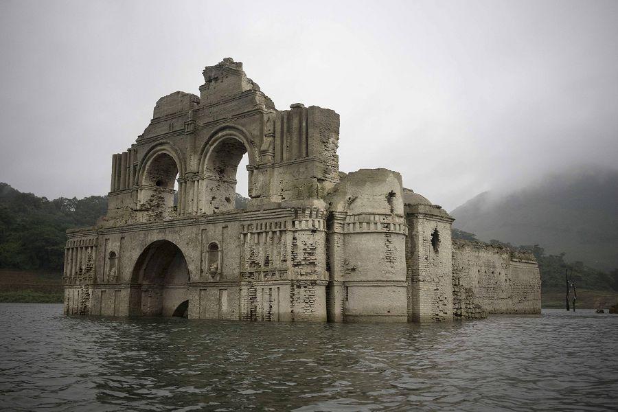 400-летний храм