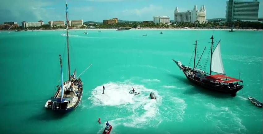 EPIC PIRATE WATER BATTLE IN ARUBA 4