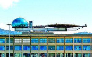 Гоночные треки на крыше заводов в Италии