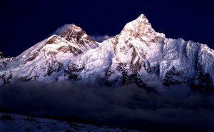 Покоряем Эверест вместе