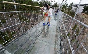 стеклянный мост для смелых