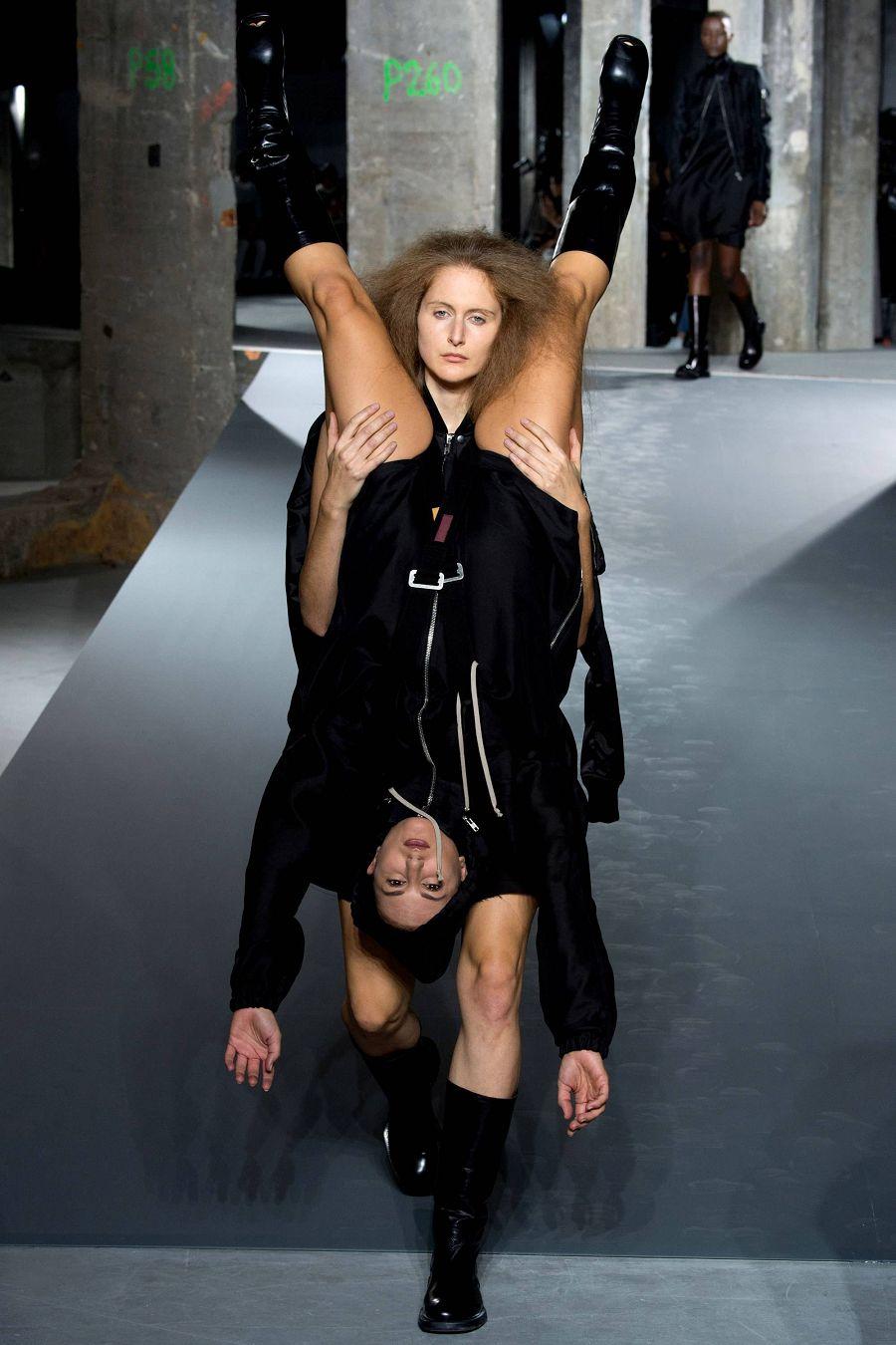 показ мод Париж