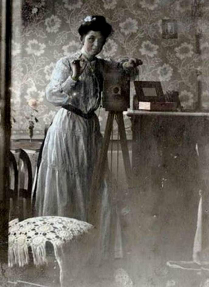 Неизвестная женщина, ок. 1900.