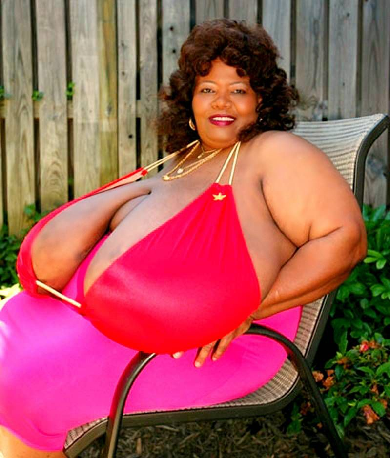 Красивая большая задница грудь толстуху катьку
