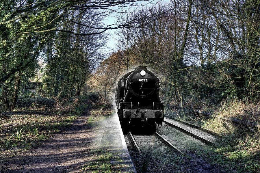 поезд призрак
