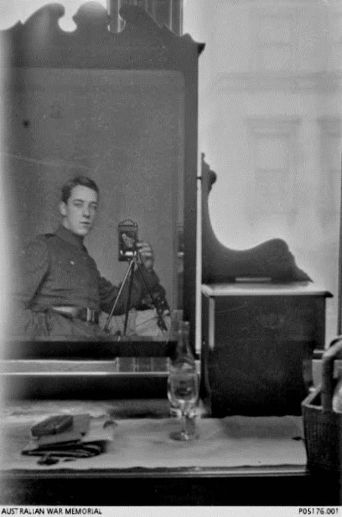 Солдат Томас Чарльз Ричмод Бейкер, 1917 г.