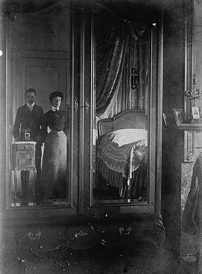 Неизвестный мужчина с женой, 1905 г.