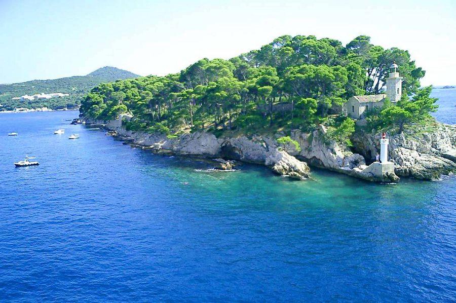 остров Дакса, Хорватия