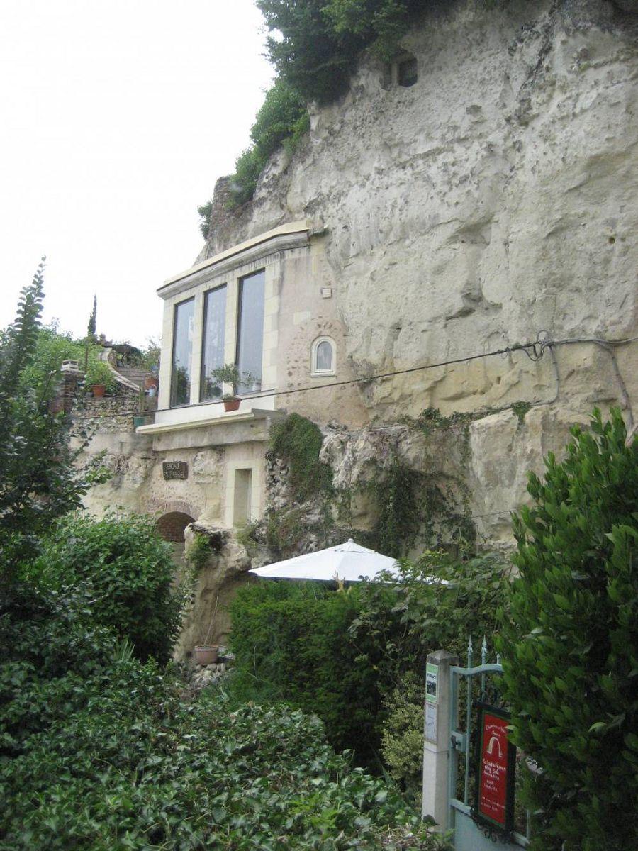 Сказочные дома в гармонии с природой 10