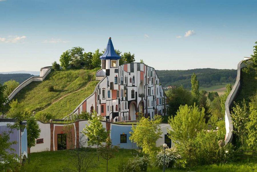 Сказочные дома в гармонии с природой 7