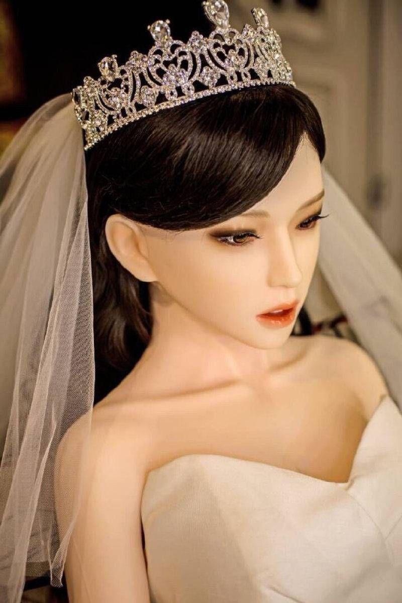 резиновая кукла невеста