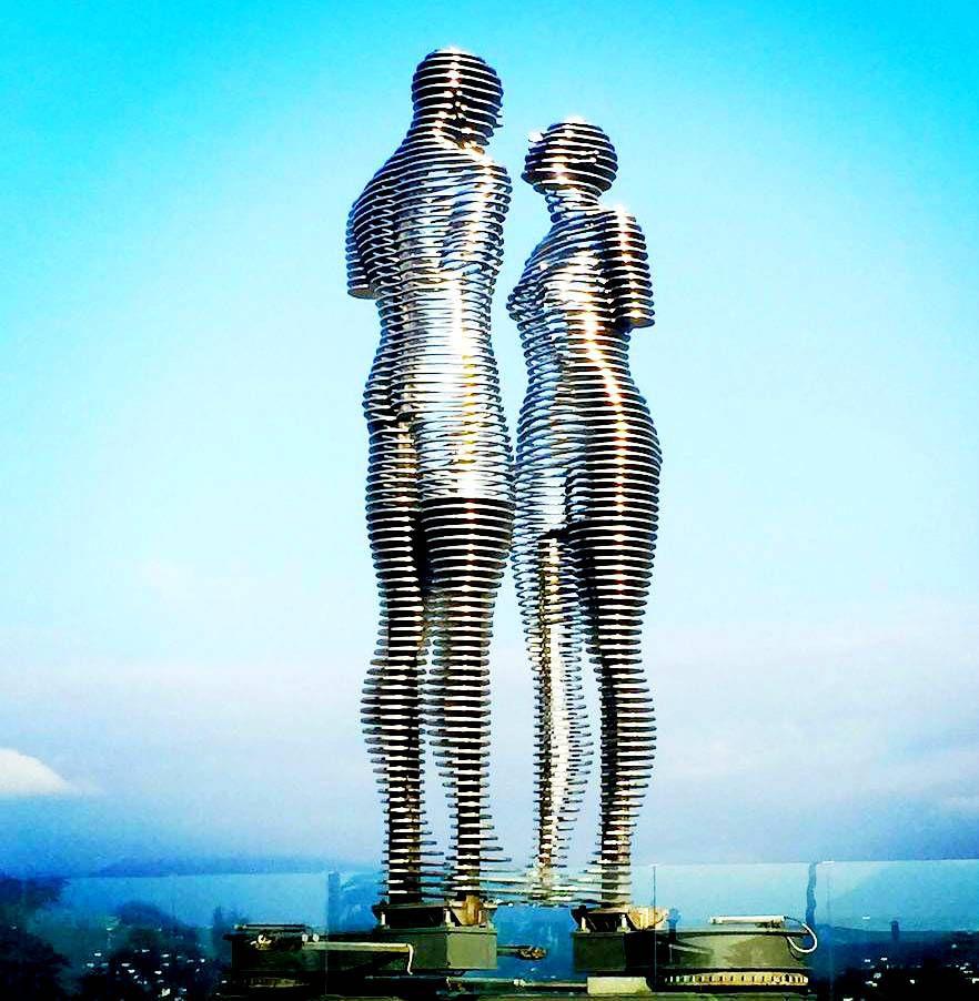 Статуи «Мужчина и женщина»