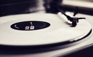 музыка для счастливых