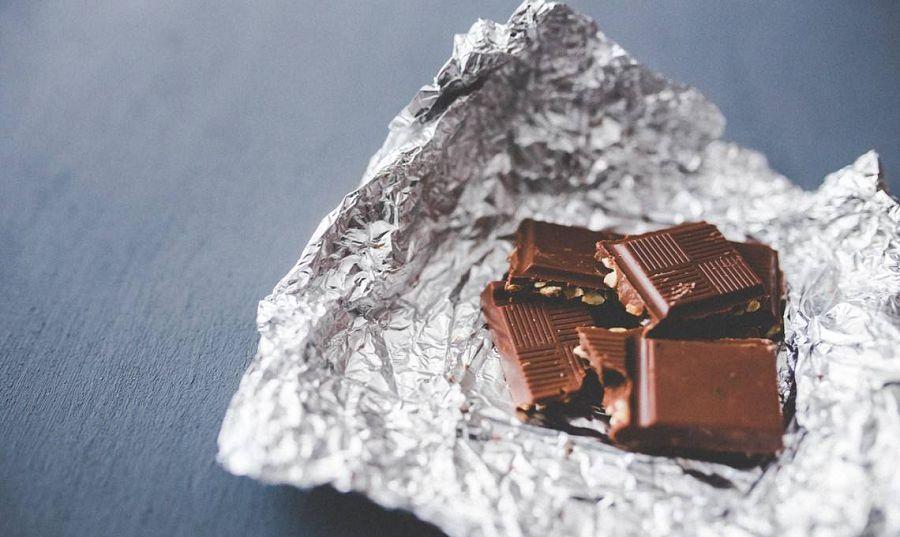 3-4 кусочка шоколада
