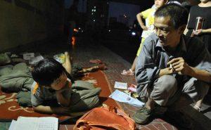 Бездомный мужчина самостоятельно воспитал приёмную дочь