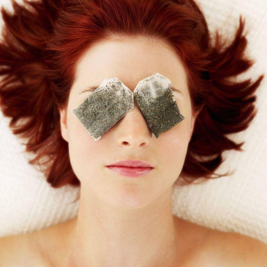 Как убрать мешки под глазами: 7 советов