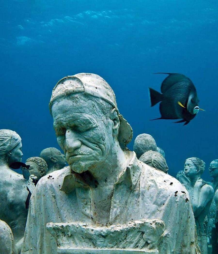 Музей подводных скульптур в Атлантическом океане