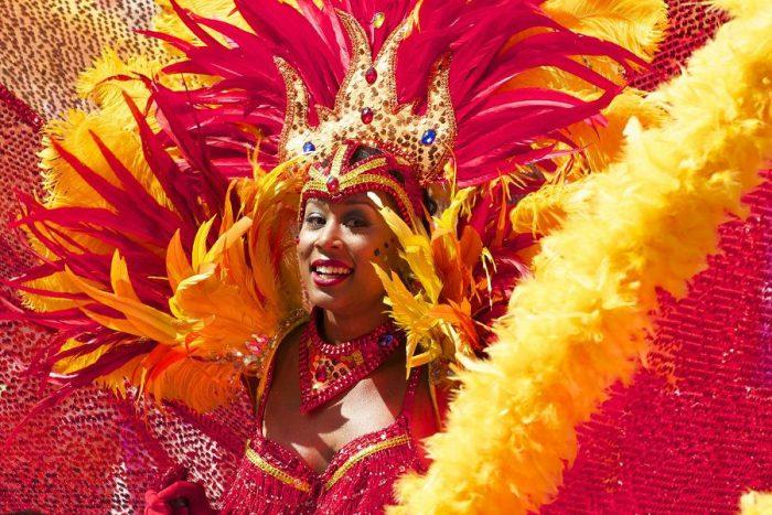 Как проходит бразильский карнавал 2016