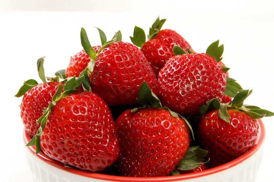 28 ягод клубники