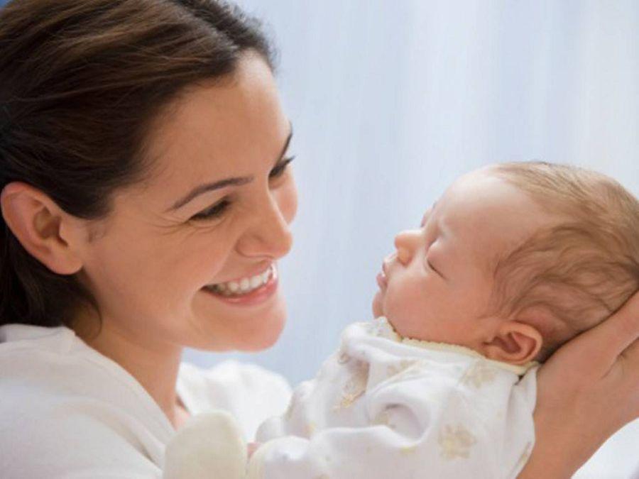 Как новорожденные дети видят своих родителей?