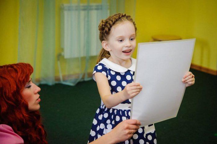 Виктория Старикова — «девочка, которая поет»