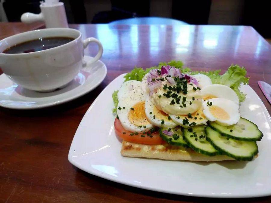 завтрак в швеции