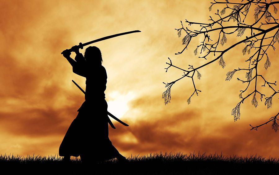 силуэт самурая в закате