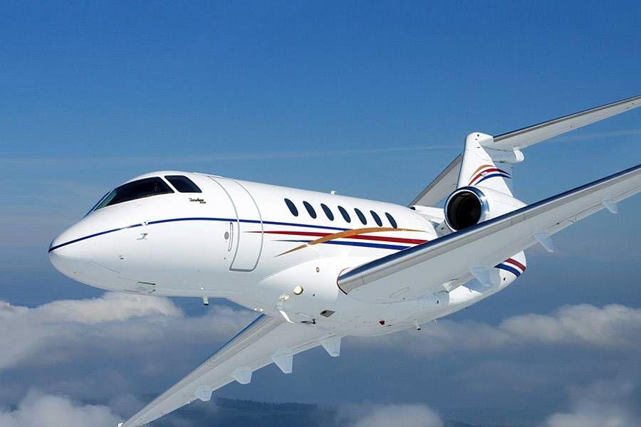 частный самолет, Hawker 4000