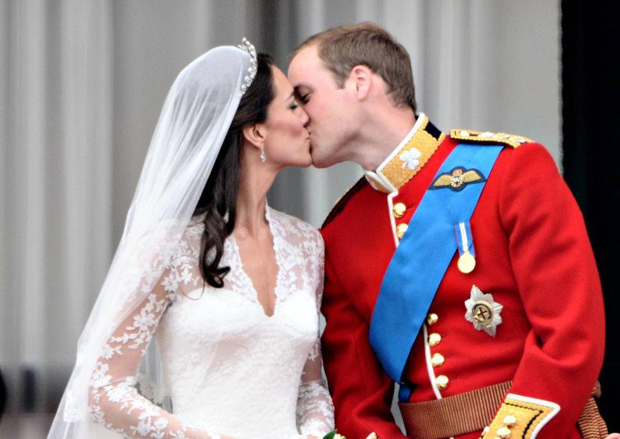 Королевский поцелуй