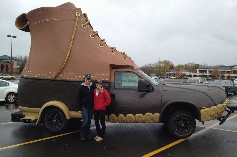 автомобиль ботинок