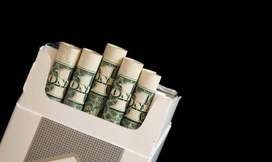 Деньги в сигаретах