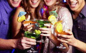 Топ-10 вкусных алкогольных коктейлей