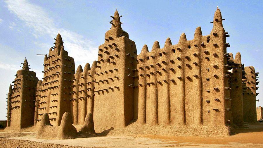 7 чудес света. Дженненская соборная мечеть