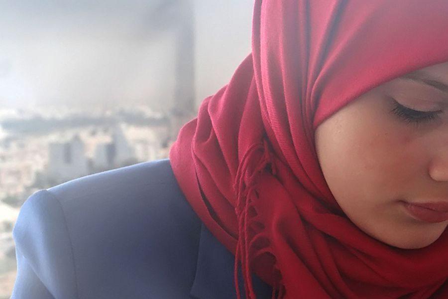 мусульманка грустит