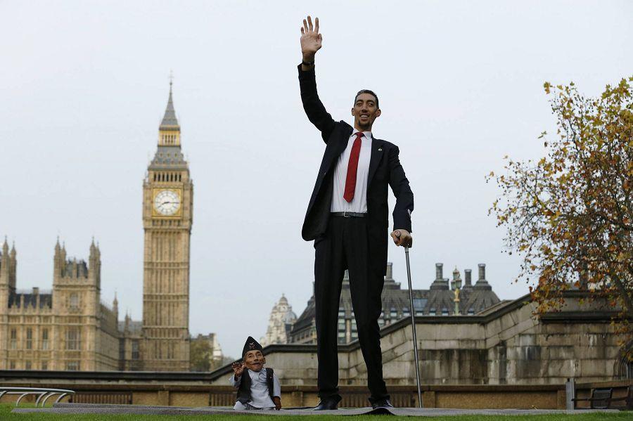 самый высокий человек