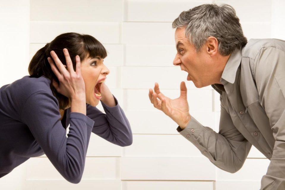 ссора двух людей