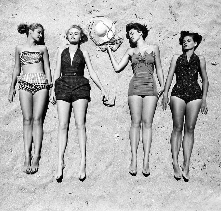 мода купальников