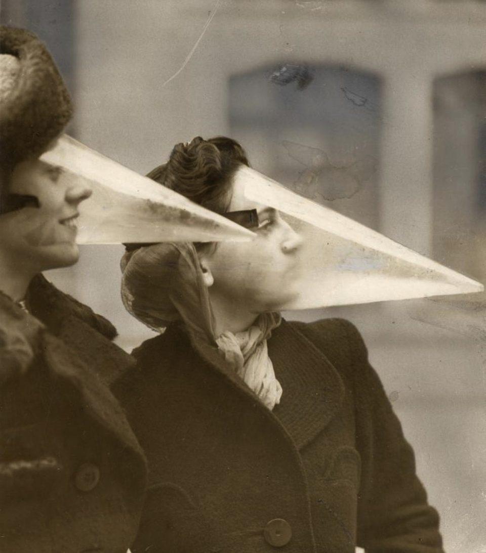 Защитная маска на случай метели