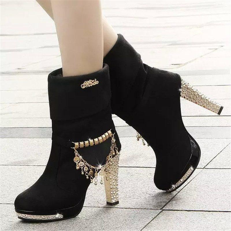 аксессуары. Обувь с цепочкой